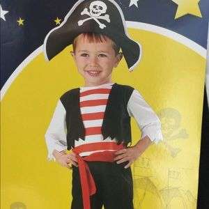 Other - Pint Size pirates Toddler Boys Costume Size 3-4T